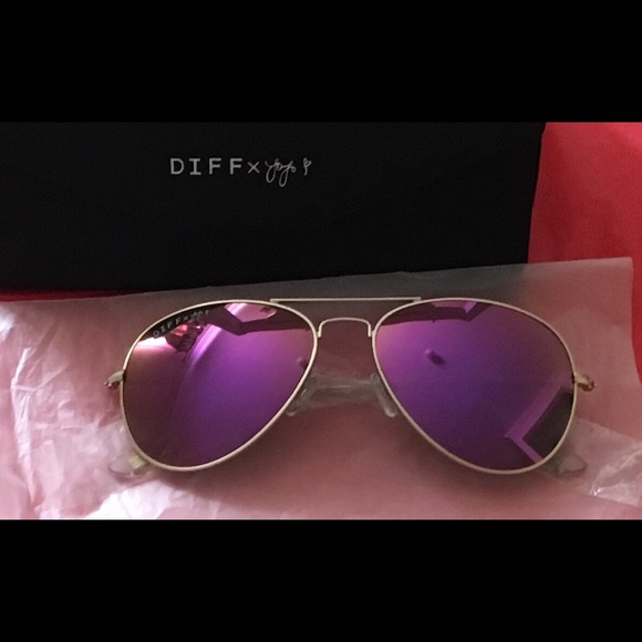 a3ffa0055d Diff Eyewear Accessories - DIFF Jojo Cruz Purple Mirror Lens sunglasses